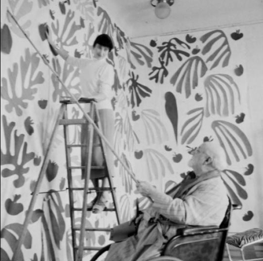 matisse-with-assisstant